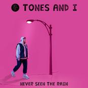 TONES AND I sur Jordanne FM